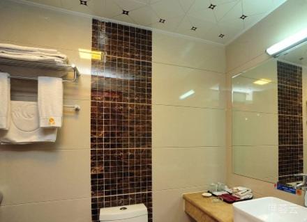 昆明银隆大酒店