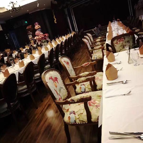 上海海上旧梦主题演艺餐厅