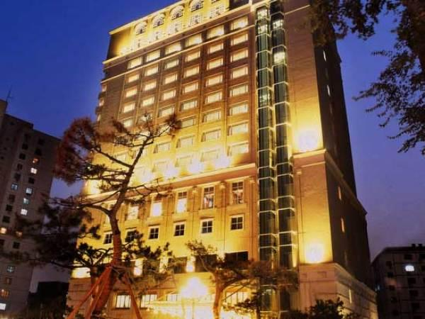 Grand Dynasty Hotel