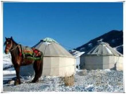 逸景营地新疆南山滑雪场度假村