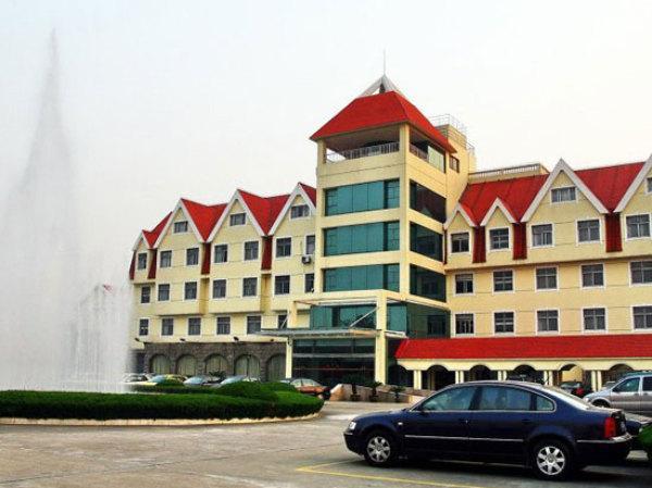 吴江淀山湖红顶度假村